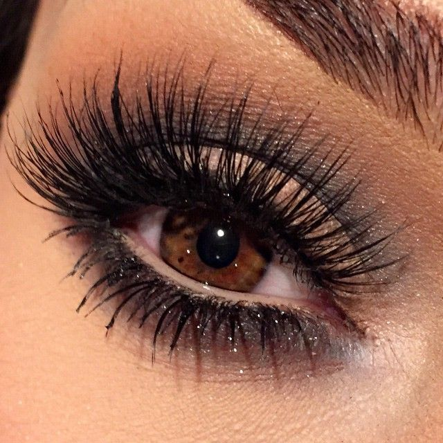 Upper & Lower (Dramatic Thicker) Lashes